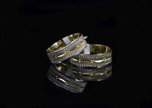 ЗЛАТНИ БИЖУТА Венчални Халки Венчални халки от бижутерия HUGASIAN в бяло и жълто злато