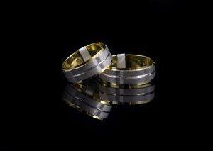 ЗЛАТНИ БИЖУТА Венчални Халки Венчални халки от HUGASIAN в бяло и жълто злато