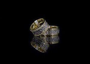 ЗЛАТНИ БИЖУТА Венчални Халки Венчални халки от HUGASIAN изработени от бяло и жълто злато